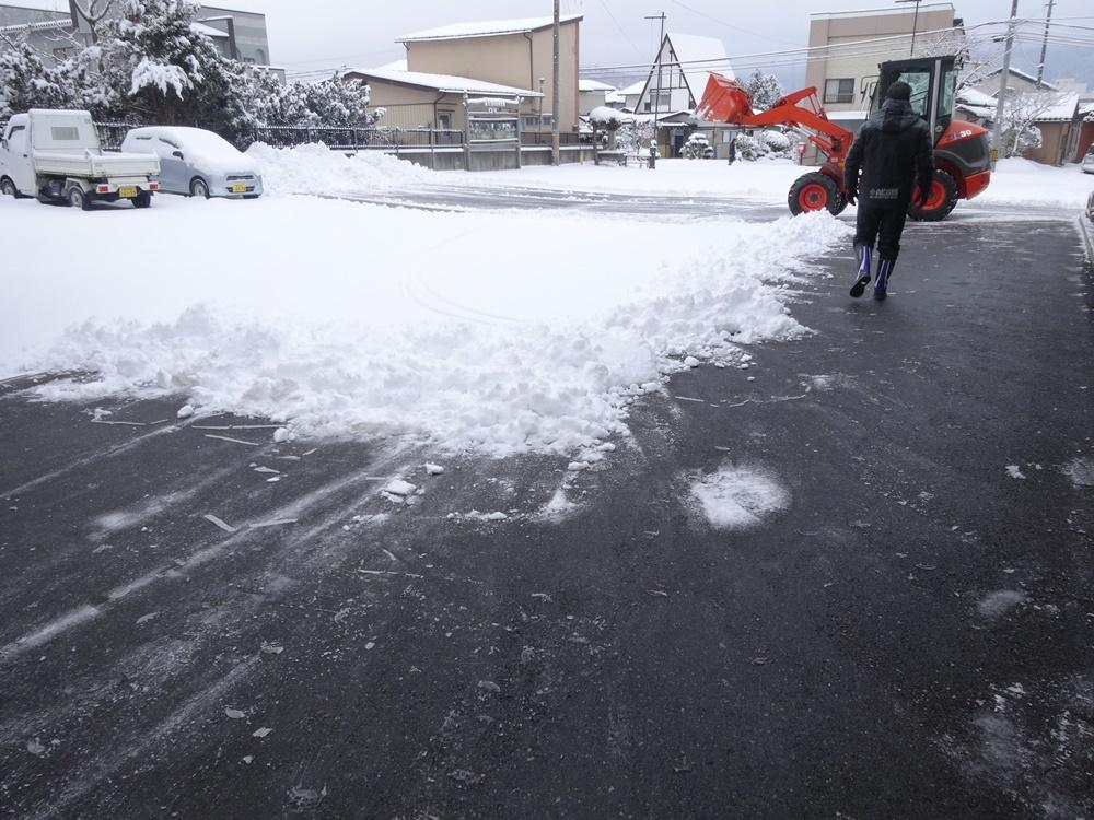 大雪除雪_c0111229_18465516.jpg