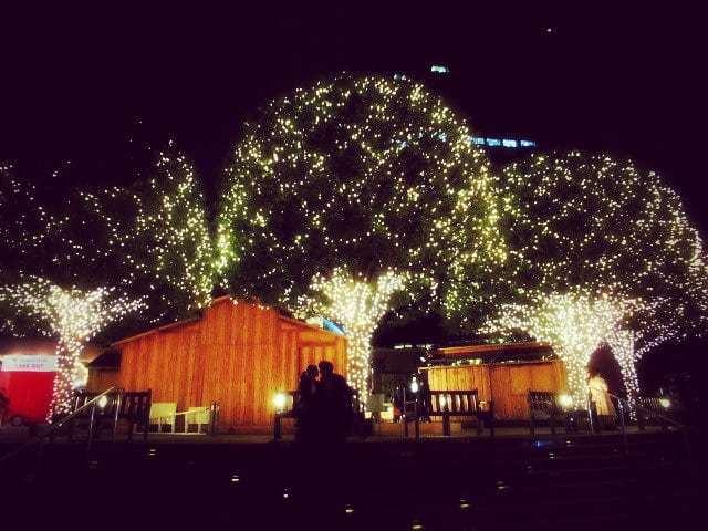 今年もバカラの「幸せを呼ぶルビークリスタル」 * 恵比寿ガーデンプレイス_f0236260_06253548.jpg