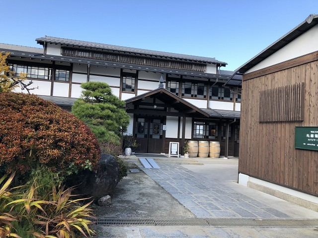 丸藤葡萄酒 (MARUFUJI WINERY)_c0124100_12251556.jpg
