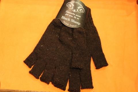 """重宝する「Black Sheep」 \""""Fingerless Glove\"""" ご紹介_f0191324_07162169.jpg"""