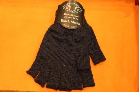 """重宝する「Black Sheep」 \""""Fingerless Glove\"""" ご紹介_f0191324_07170005.jpg"""