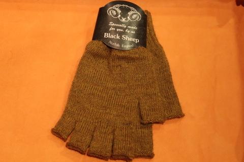 """重宝する「Black Sheep」 \""""Fingerless Glove\"""" ご紹介_f0191324_07171467.jpg"""