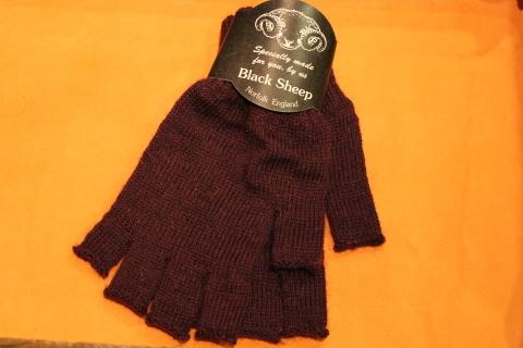 """重宝する「Black Sheep」 \""""Fingerless Glove\"""" ご紹介_f0191324_07172133.jpg"""