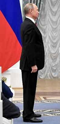 『ロシア大統領府ホームページのプーチンさん』/ 画像_b0003330_192367.jpg