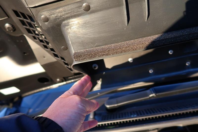 新型WRX STI TYPE「RA-R」のシャシーを俯瞰_f0076731_20341236.jpg