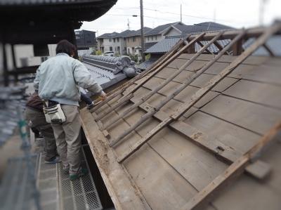 屋根改修工事_e0010955_07234725.jpg
