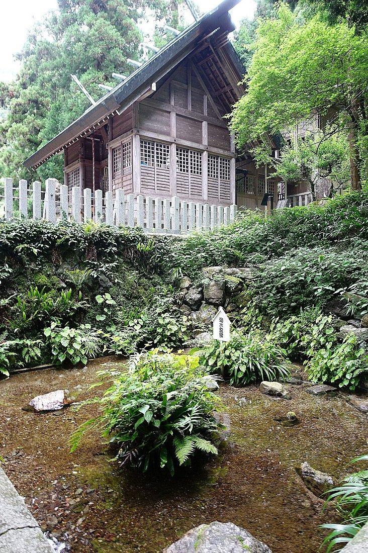 養老神社(菊水天神)_c0112559_08421597.jpg
