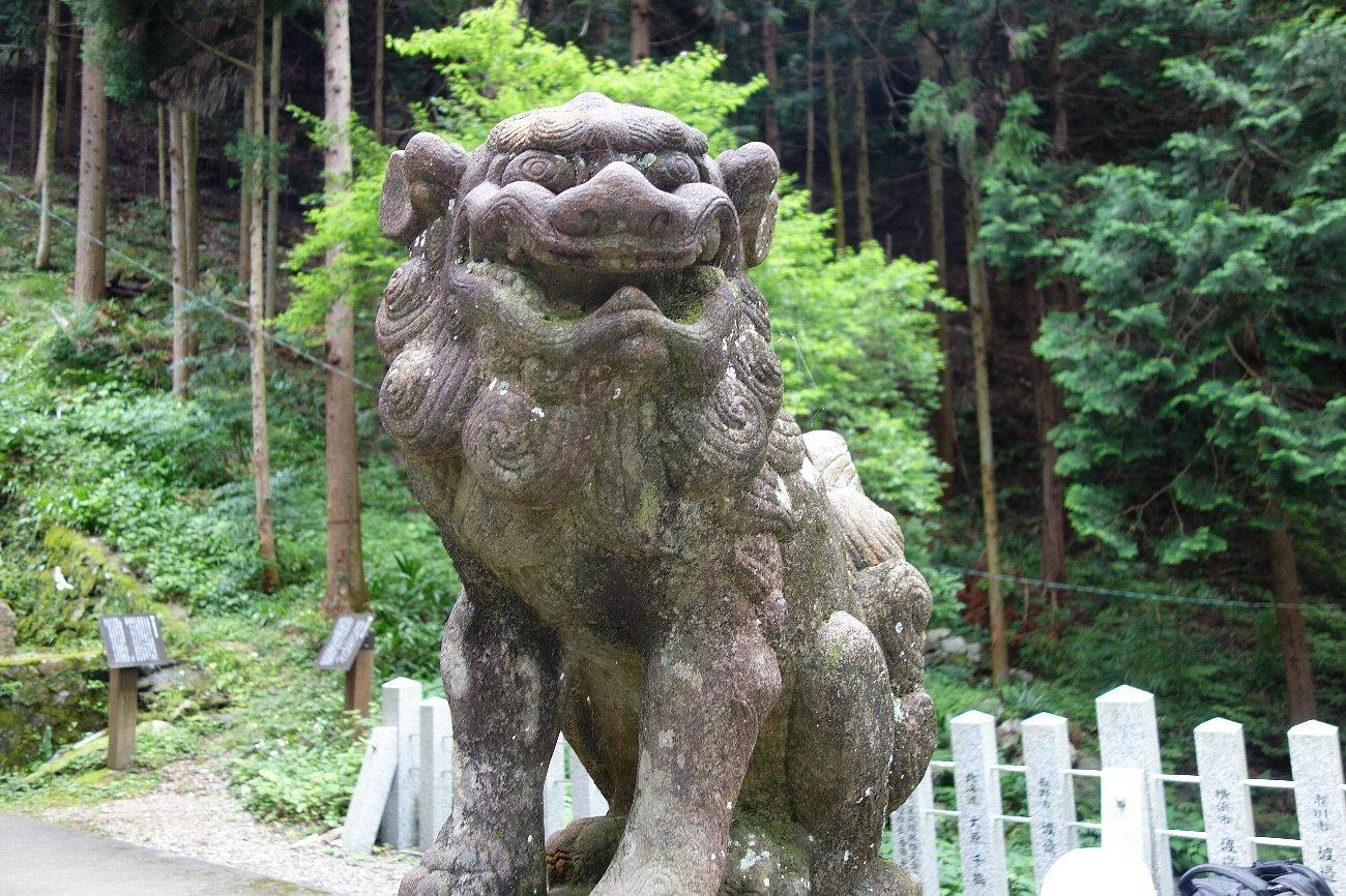 養老神社(菊水天神)_c0112559_08434761.jpg
