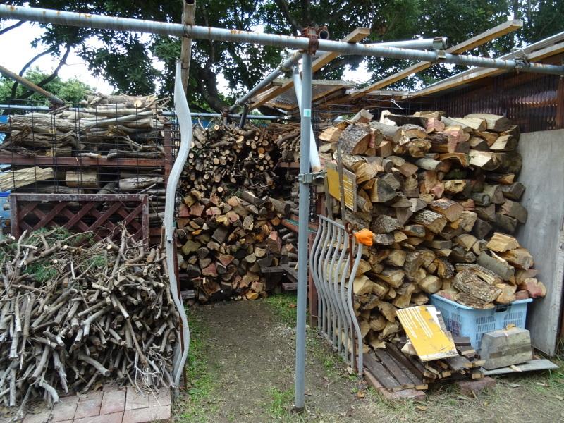 伐採木整理&薪割り・・・うみべの森_c0108460_17300193.jpg