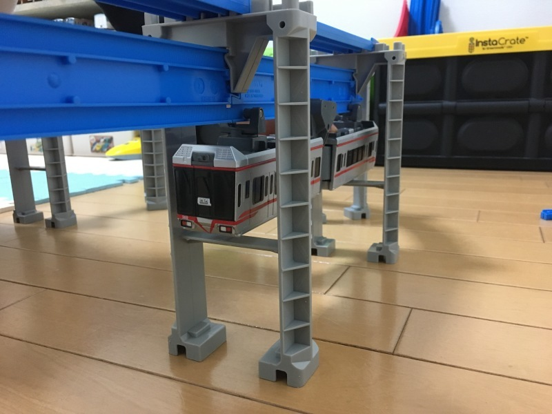 湘南モノレール5000系!懸垂式のプラレール!_d0367998_15550464.jpg