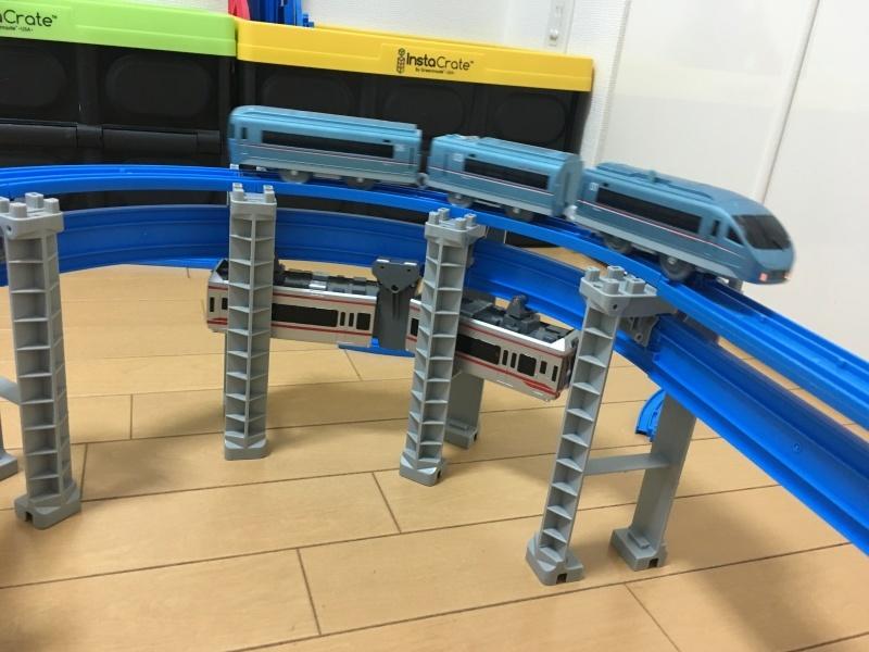 湘南モノレール5000系!懸垂式のプラレール!_d0367998_15565272.jpg