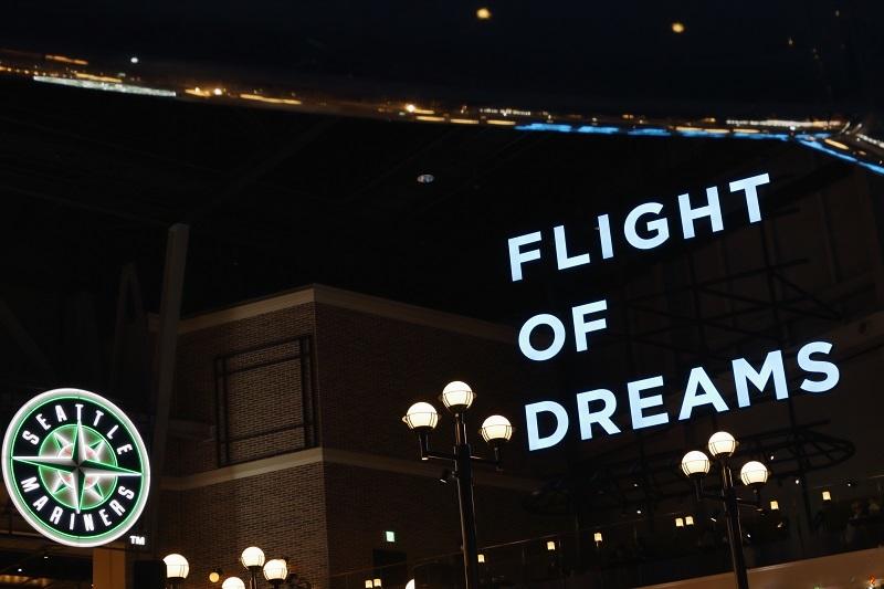 FLIGHT OF DREAMS_e0364223_20311474.jpg