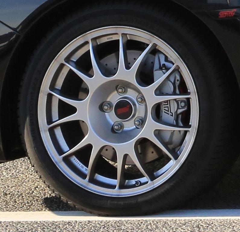 RA-Rのシートとブレーキを考察_f0076731_16244414.jpg