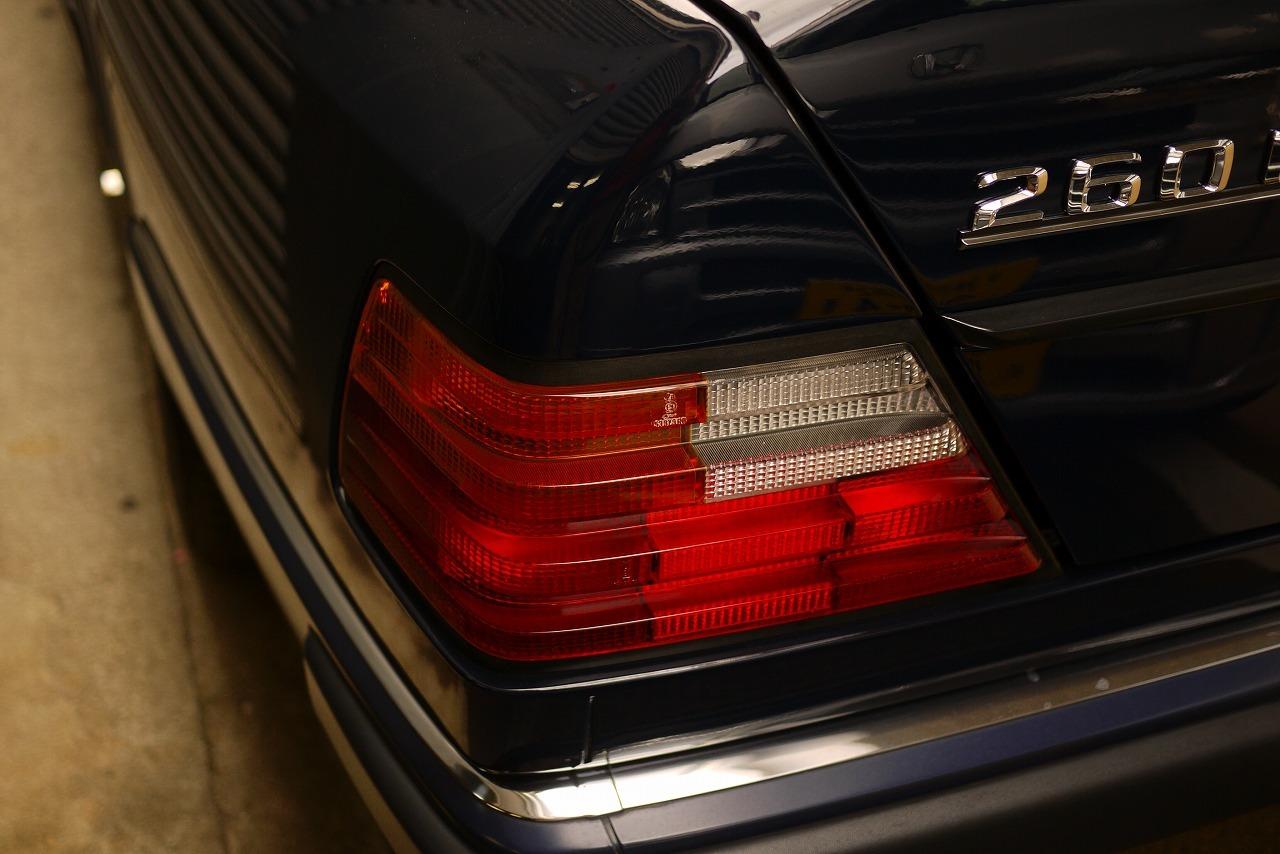 W124 メルセデスベンツ260E 天井張替え_d0171835_19435057.jpg