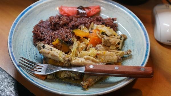 夕飯は手羽の野菜炒め_e0166355_18192323.jpg