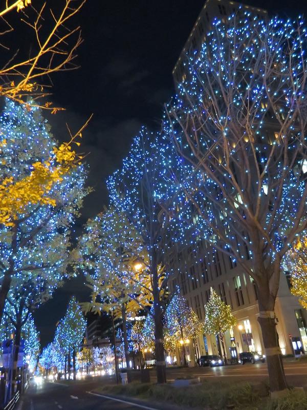 御堂筋イルミネーション2018・・・「光の饗宴」_d0352628_11252574.jpg