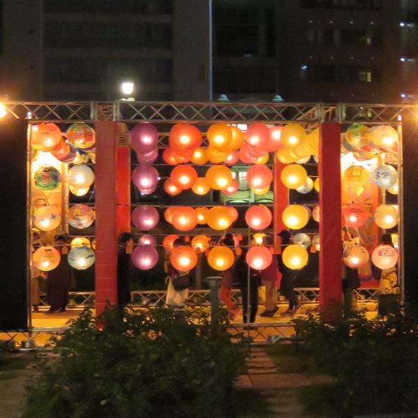御堂筋イルミネーション2018・・・「光の饗宴」_d0352628_1654584.jpg