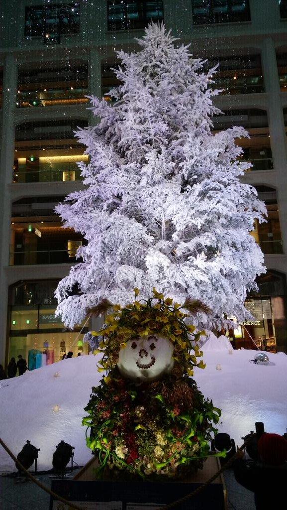 クリスマスツリー@KITTE_d0044239_20022547.jpg