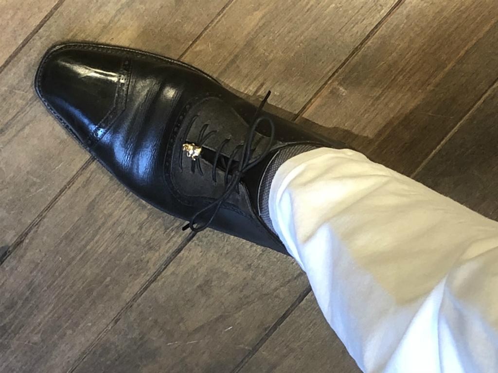 コラム『グレーのススメ~黒靴派要注目!』_b0365069_18375319.jpg
