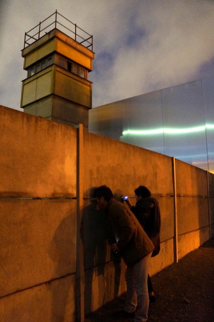 月曜日、小雨模様でしたが夕方からベルリン散歩_c0180686_02071697.jpg