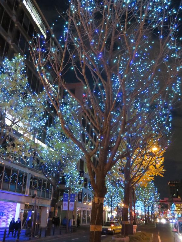 御堂筋イルミネーション2018・・・「光の饗宴」_d0352628_9345963.jpg