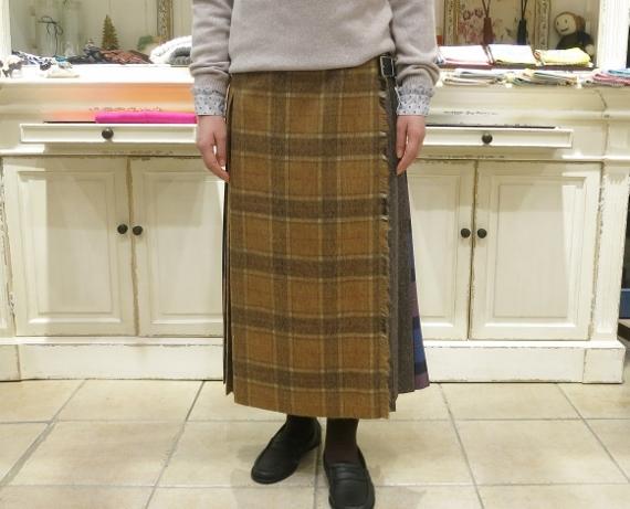 お正月のお出かけには、3柄を合わせたキルトスカートで・・・_c0227633_15401035.jpg