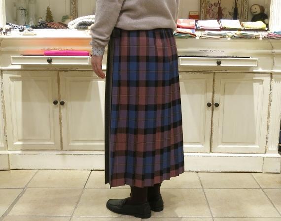 お正月のお出かけには、3柄を合わせたキルトスカートで・・・_c0227633_15404251.jpg