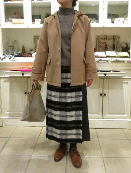 お正月のお出かけには、3柄を合わせたキルトスカートで・・・_c0227633_15413267.jpg