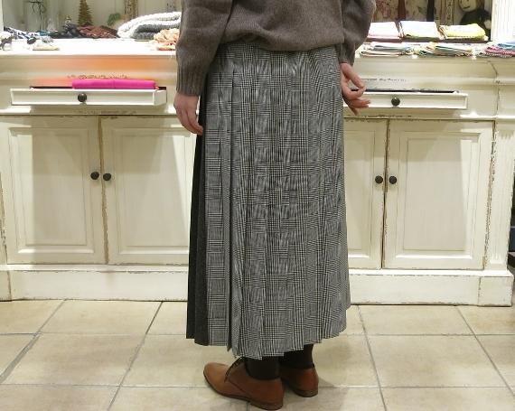 お正月のお出かけには、3柄を合わせたキルトスカートで・・・_c0227633_15432420.jpg