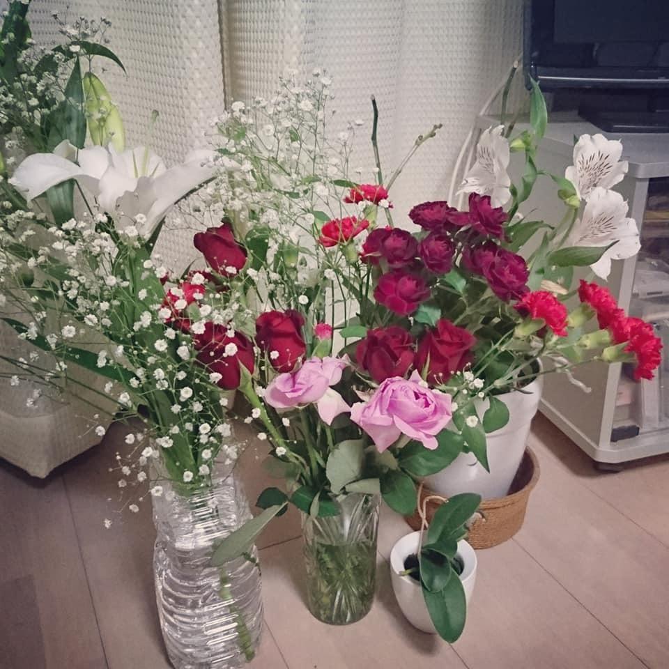 お花を飾りました!_f0373339_12473794.jpg