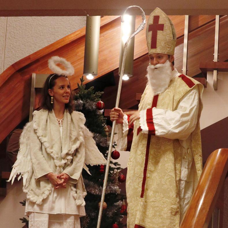 チェコクリスマスレセプションパーティー_c0060143_17505577.jpg