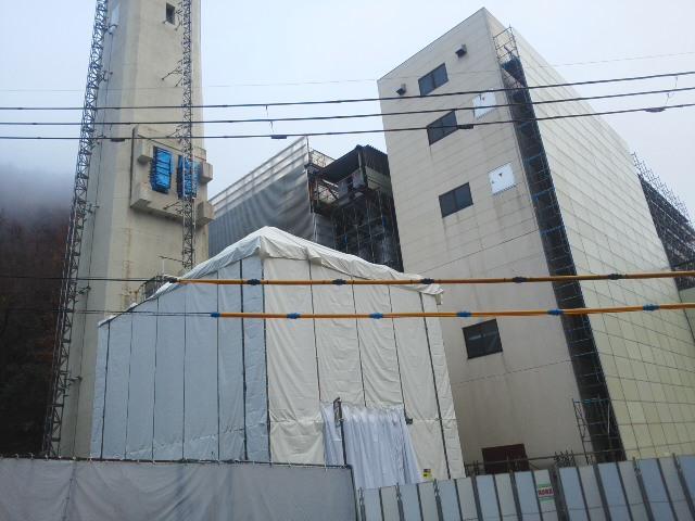 温かい朝 🌞 丸山台3丁目・旧北部処理センター・・・「工事」どんどん進んでいます 🚗🚙🚘_f0061067_19372133.jpg
