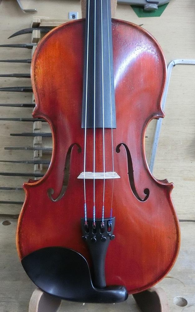 初心者用バイオリン入荷しました。 _d0299605_15443744.jpg