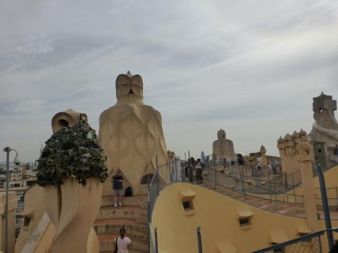 スペイン旅行記7日目 バルセロナ【カサ・ミラ編】_e0237625_15123054.jpg