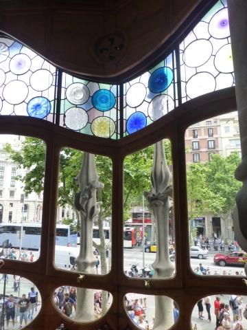 スペイン旅行記7日目 バルセロナ【カサ・バトリョ編)_e0237625_15563605.jpg