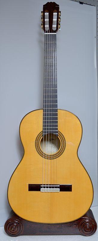 フラメンコギターの入荷案内_c0330563_16145043.jpg