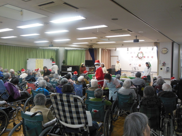 蓮田園クリスマス会☆_e0040673_21332809.jpg