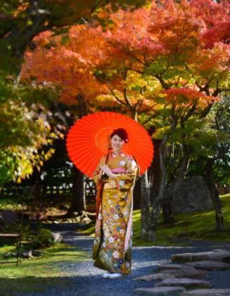 天気にも恵まれ仁風閣庭園の紅葉もまだ残ってました......._b0194185_19432336.jpg