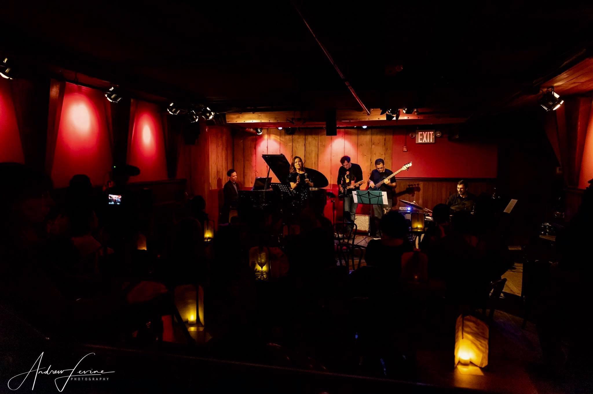 今年最後のニューヨークライブ Rockwood Music Hall Stage 2 _a0150139_07584598.jpg