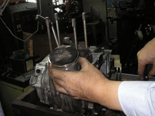 HONDA  XL250(旧) エンジン整備_e0218639_10095749.jpg