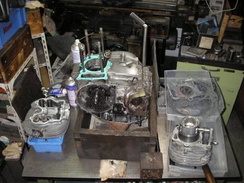 HONDA  XL250(旧) エンジン整備_e0218639_10095882.jpg