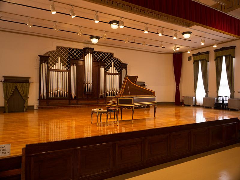 旧東京音楽学校奏楽堂_a0003650_22230649.jpg