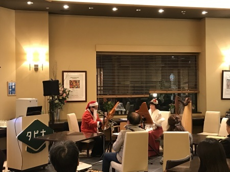 クリスマス&冬にちなんだ名曲を、ヘルマンハープが奏でる癒しの音色でお届けします。_f0228188_13150895.jpg