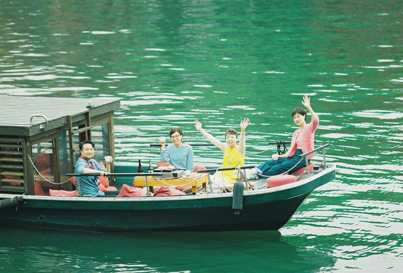 1年の船出に、本当に船に乗る。正月の御舟かもめ!_a0137142_12512847.jpg