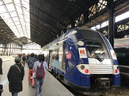電車でヴェルノンへ_a0136671_00483852.jpg