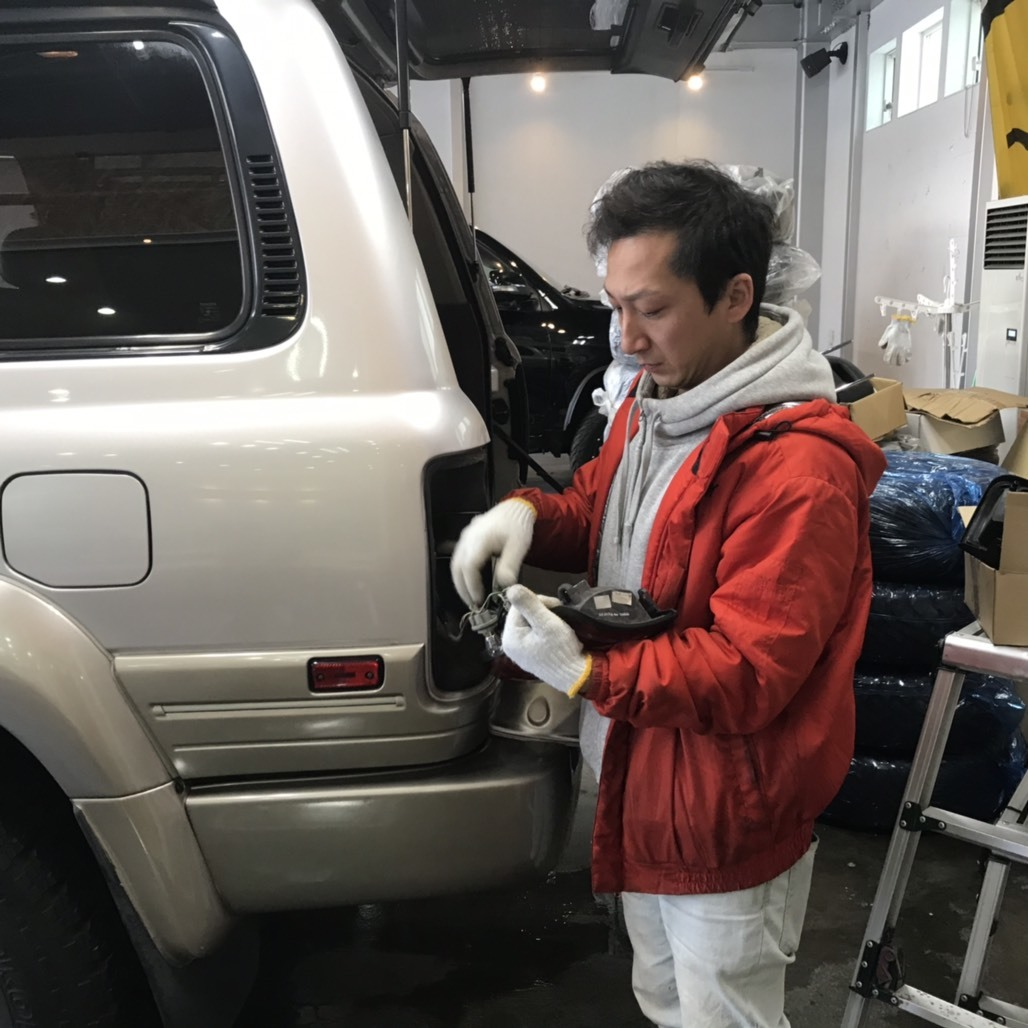 12月21日(金)アルファード2.4 240X 4WD 8人乗り_b0127002_19325414.jpg