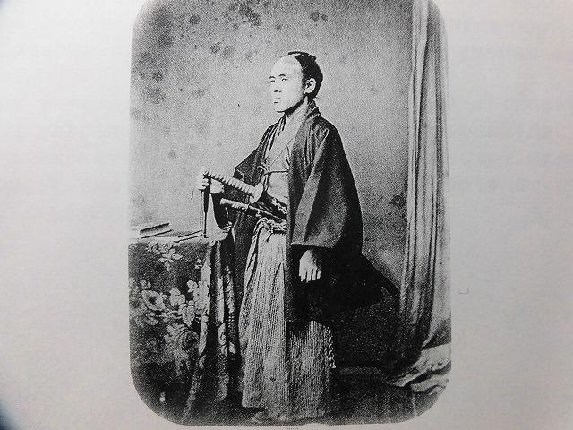 富士市の偉人の生涯を描いた大河小説「開成をつくった男、佐野鼎」を開成中・高校OBの皆様から贈呈_f0141310_08060393.jpg