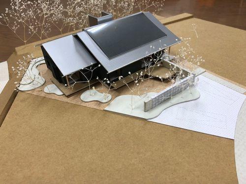 新モデルハウス、建築スタート_a0059217_16281449.jpg