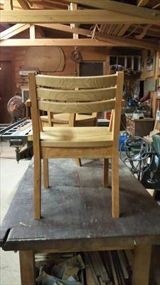 ブラックチェリーとクリの椅子!!_d0165772_20561981.jpg