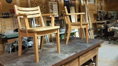 ブラックチェリーとクリの椅子!!_d0165772_20562094.jpg